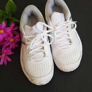 New Balance Athletic Shoe 696